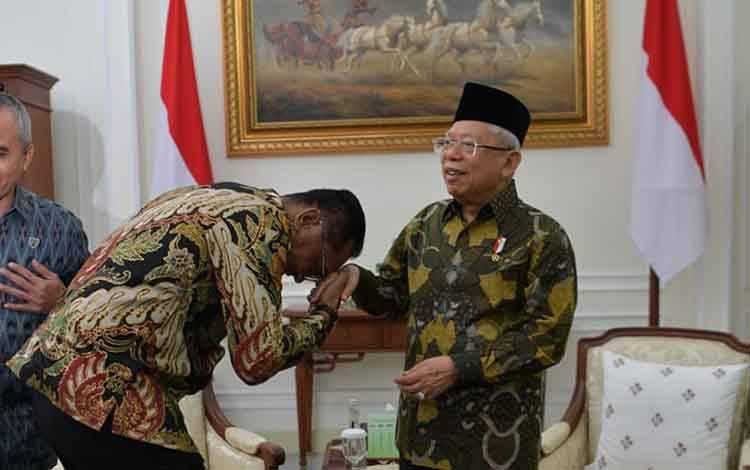 Ketua DPRD Kota Palangka Raya, Sigit K Yunianto menemui Wakil Presiden RI, KH Ma'aruf Amin.