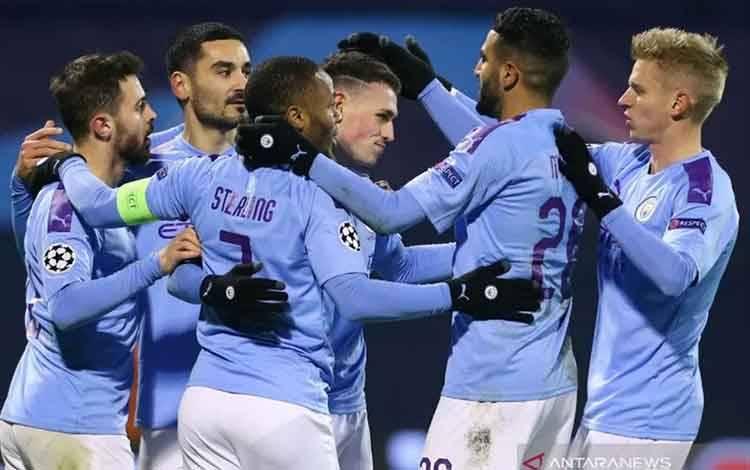 Foto dokumentasi: Para pemain Manchester City merayakan gol dalam pertandingan Grup C Liga Champions melawan Dinamo Zagreb di Stadion Maksimir, Zagreb, Kroasia pada 11 Desember 2019. (REUTERS/ANTONIO BRONIC)