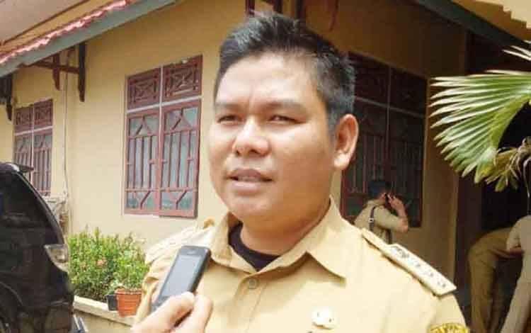 Camat Seribu Riam, Hendra Hadi Kusuma