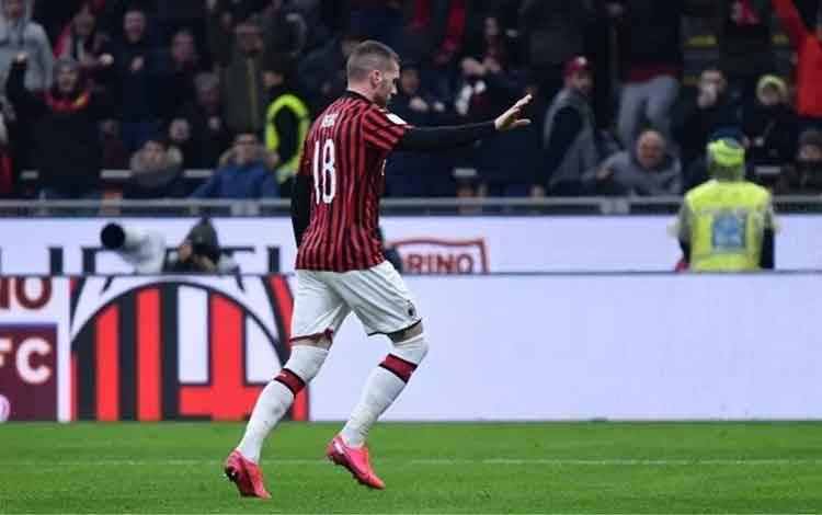 Pemain AC Milan Ante Rebic. ANTARA/AFP/Alberto Pizzoli.