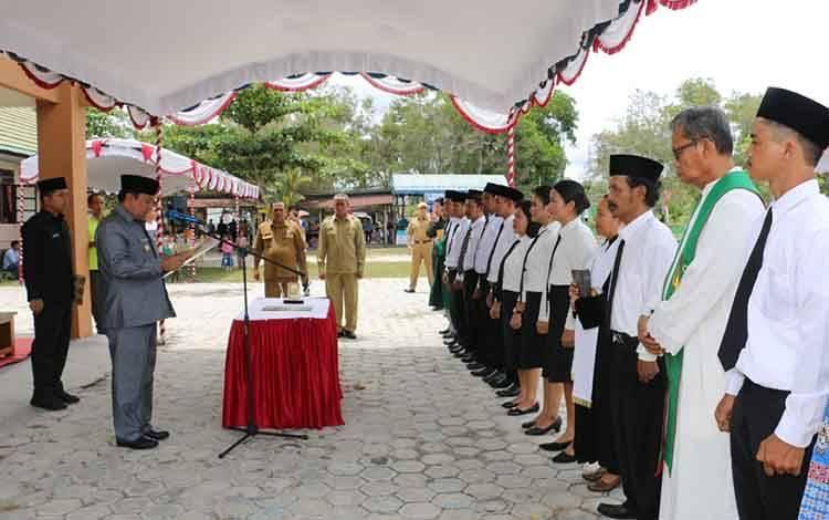 Peresmian dan sumpah janji anggota BPD Kecamatan Kahayan Hilir, Kecamatan Kahayan Tengah, Kecamatan Jabiren Raya dan Kecamatan Banama Tingang.