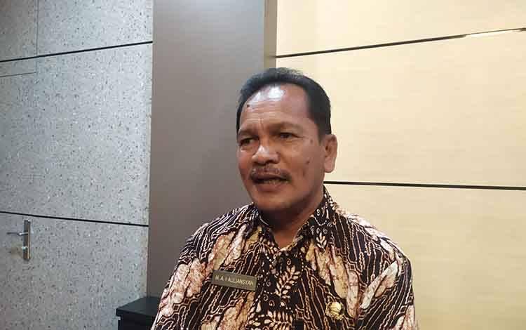 Kepala Dinas Pendidikan Kota Palangka Raya Akhmad Fauliansyah mengatakan siap awasi penggunaan dana BOS.