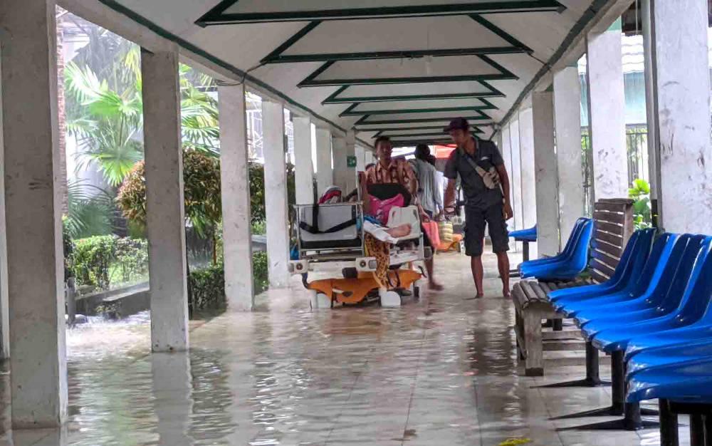 Banjir yang melanda RSUD dr Murjani Sampit, beberapa waktu lalu.