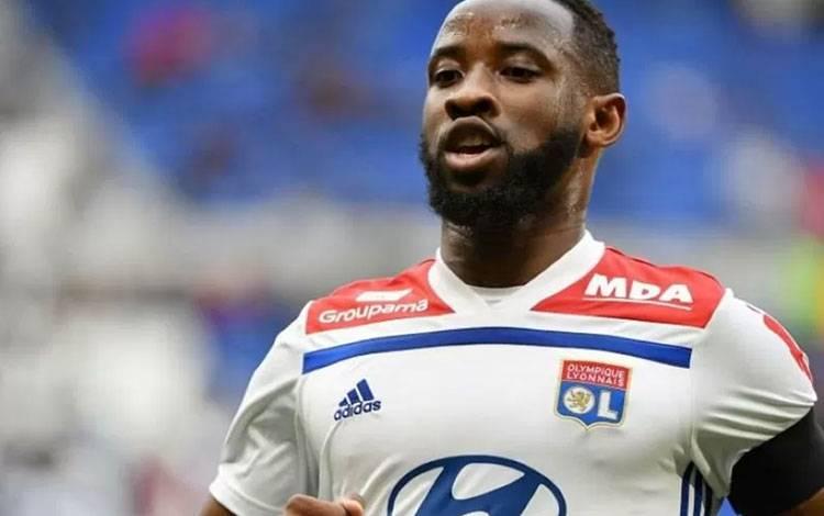 Pemain Lyon Moussa Dembele (AFP)