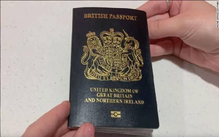 Paspor Inggris yang baru. Sumber: edition.cnn.com