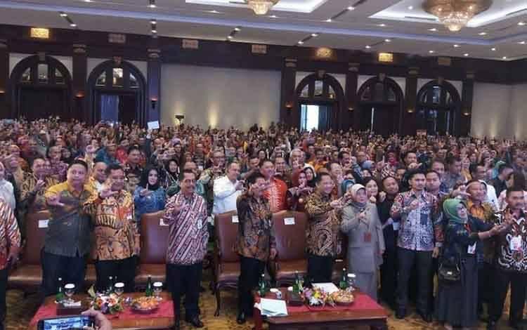 Wakil Bupati Seruyan Hj Iswanti bersama seluruh peserta Rakor Nasional Bidang Perpustakaan