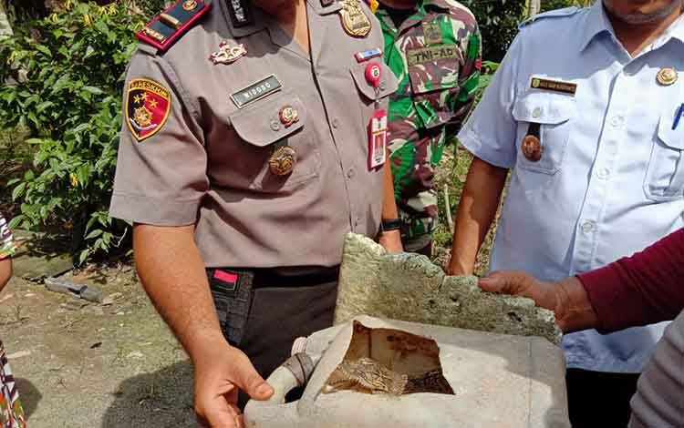 Anak buaya yang ditangkap Suwandi (50) warga Pulang Pisau dengan tangan kosong, Rabu, 26 Febuari 2020.