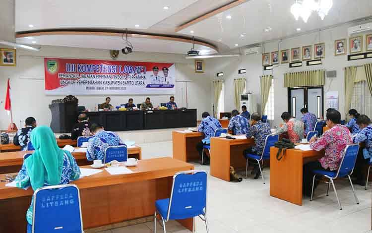 Uji kompetensi pejabat pimpinan tinggi pratama di Bapedda Litbang Barito Utara, Kamis 27 Februari 2020