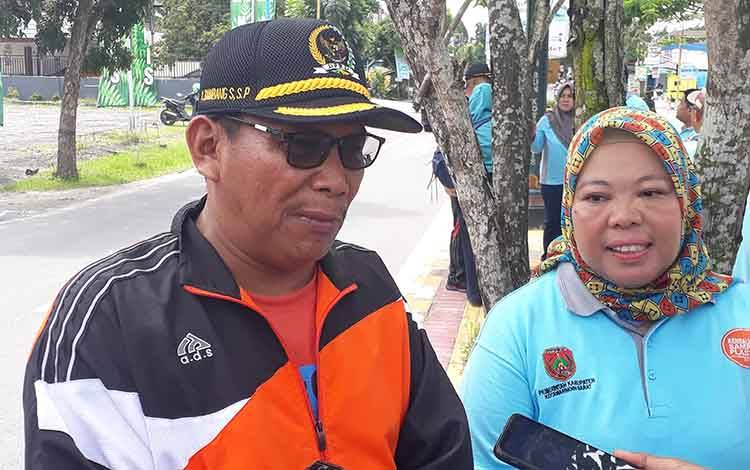 Wakil Ketua II DPRD Kobar, Bambang Suherman didampingi Bupati Nurhidayah menyampaikan dukungnya dalam mewujudkan tanaman unggulan varietas kopi