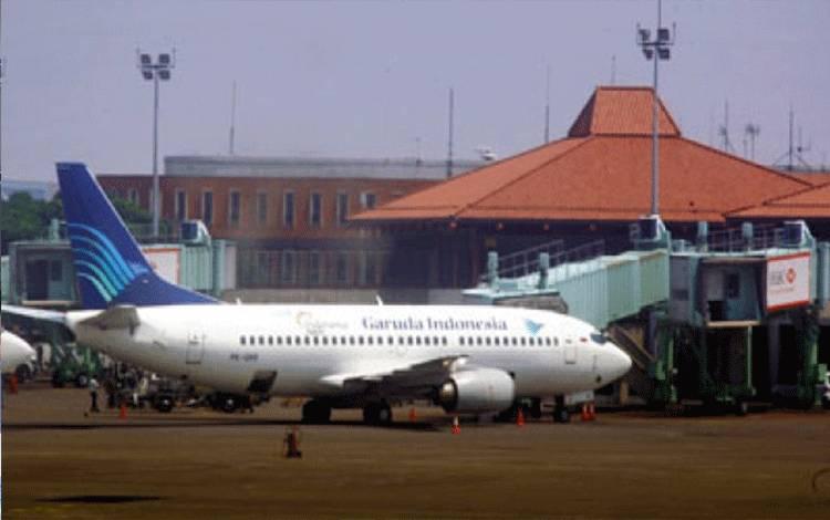 Pesawat Garuda Indonesia di bandara Soekarno Hatta. (foto : tempo.co)