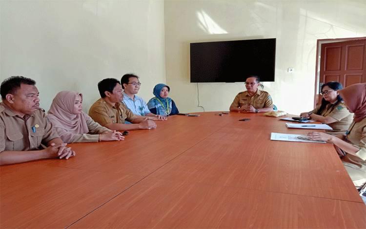 Kepala Dinkes Kabupaten Pulang Pisau, dr Muliyanto Budihardjo meminta masyarakat jangan panik terkait virus corona, Kamis, 5 Maret 2020.