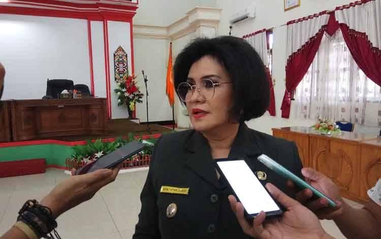 Wakil Bupati Barito Selatan, Satya Titiek AtyandjDjoedir