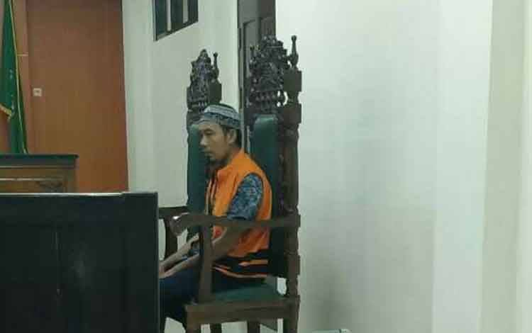 Abdul Latif alias Latif terdakwa kasus sabu.