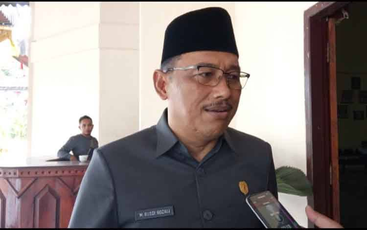Ketua DPRD Kobar Rusdi Gozali