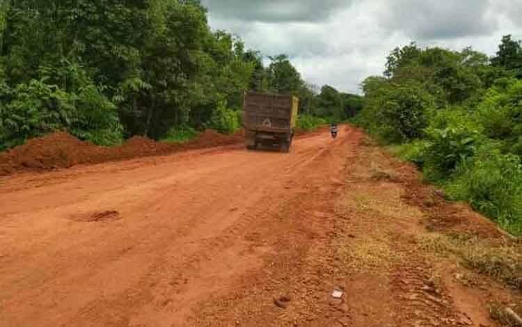 Proyek tahun jamak jalan seberang Cempaga-Pulau Hanaut.