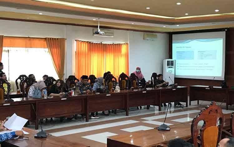 Dinas Kesehatan Kapuas sosialisasikan pencegahan virus corona di lingkungan DPRD, Kamis, 19 Maret 2020