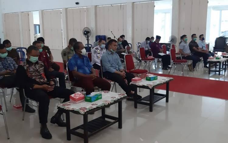 Pertemuan antara Pemkab Sukamara dengan perusahaan perkebunan