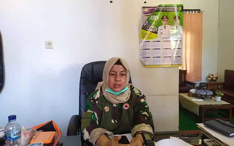 Kepala BPBP Palangka Raya, Emi Abriyani menegaskan bahwa informasi penutupan pasar untuk penyemprotan disinfektan adalah hoax