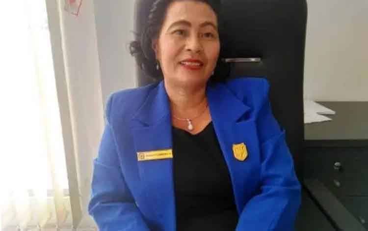 Anggota DPRD Gunung Mas Rayaniatie Djangkan