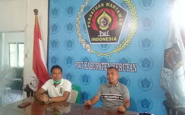 Ketua DPRD Seruyan Zuli Eko Prasetyo saat berkunjung di PWI Seruyan