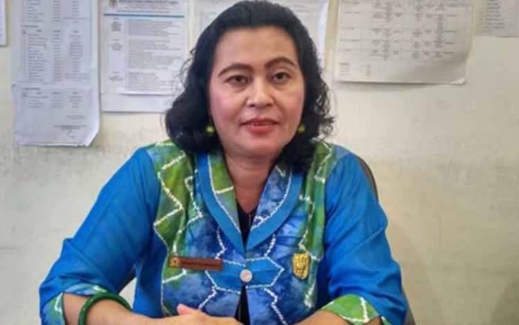 Anggota DPRD Gunung Mas Rayanatie Djngakang