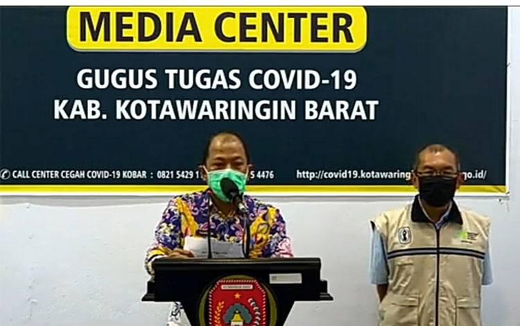 Juru Bicara Gugus Tugas Percepatan Penanganan Covid-19 Kobar, Achmad Rois