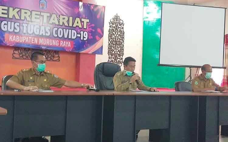 Konferensi pers gugus tugas penanganan Covid-19 yang dipimpin oleh Wakil Bupati Murung Raya