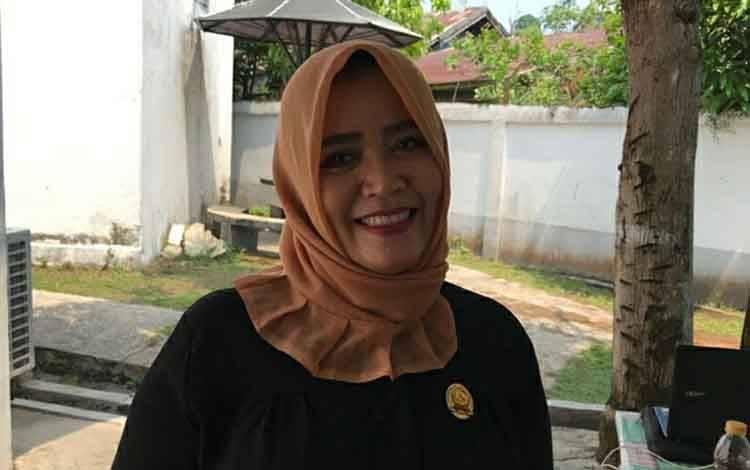 Anggota DPRD Kapuas, Yetty Indriana