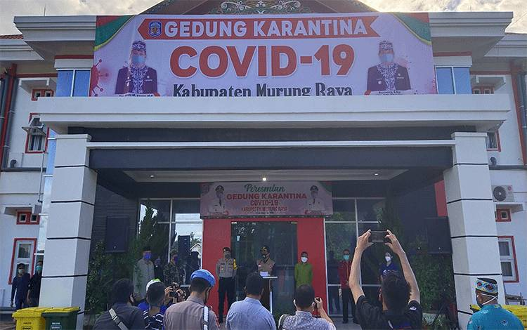Peresmian gedung Karantina oleh ketua gugus tugas percepatan penanganan Covid-19 oleh Bupati Murung Raya Perdie M. Yoseph.