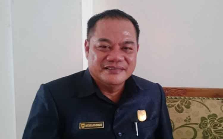 Anggota DPRD Gunung Mas, Untung J Bangas