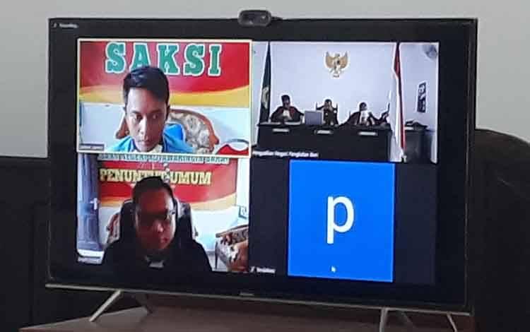 Sopir Mobil Hilux Khafidin tabrak bocah hingga tewas, dihukum percobaan melalui sidang video conference di Pengadilan Negeri Pangkalan Bun, Senin, 18 Mei 2020.