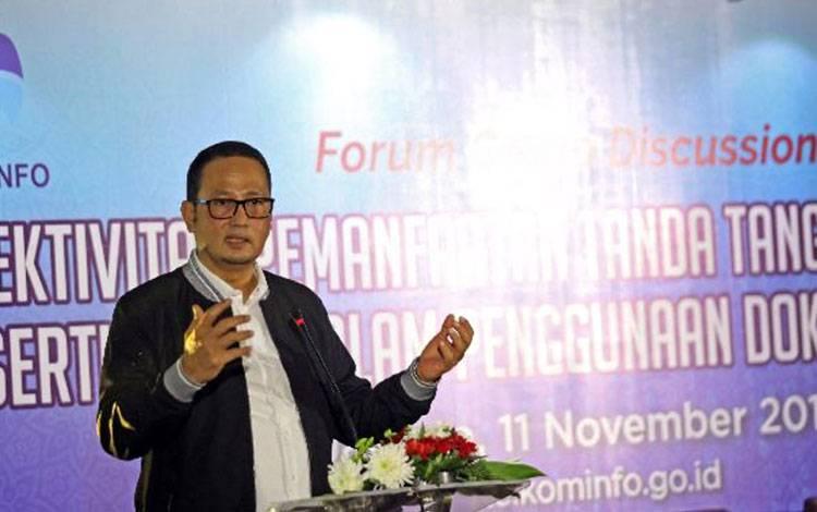Dirjen Aptika Kominfo Semuel Abrijani Pangerapan, diacara Forum Group Discussion bertajuk Efektivitas Pemanfaatan Tanda Tangan Elektronik Tersertifikasi dalam Penggunaan Dokumen Elektronik, pada 11 November 2019, di Hotel Borobudur, Jakarta Pusat.