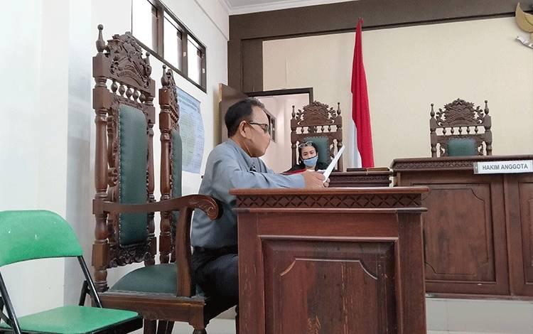 Burhansyah, kuasa hukum kelompok tani hapakat bersama sidang perlawanan atas sita eksekusi lahan di kawasan lingkar utara Sampit.