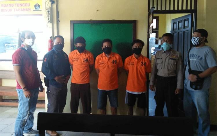 Tiga pelaku spesialis pencurian sarang walet berhasil di ringkus jajaran kepolisian Polres Seruyan