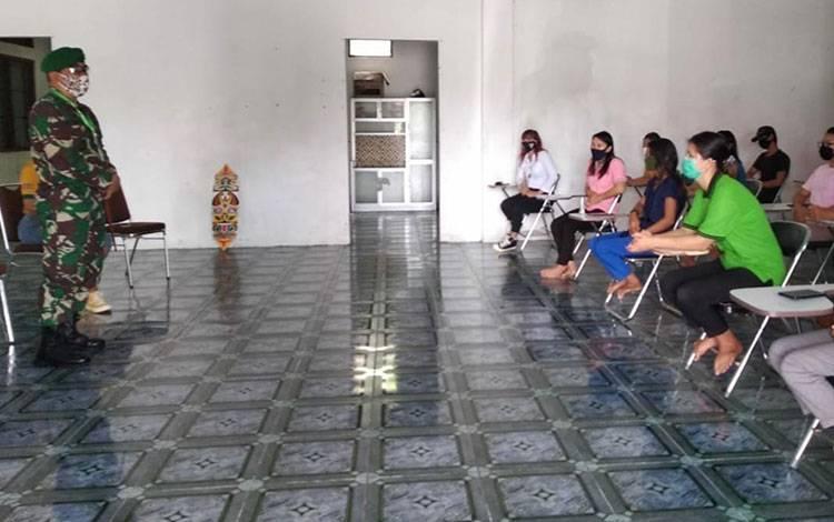 Danrem 102 Panju Panjung Brigjen TNI Purwo Sudaryanto saat berkunjung ke Unkrip Palangka Raya