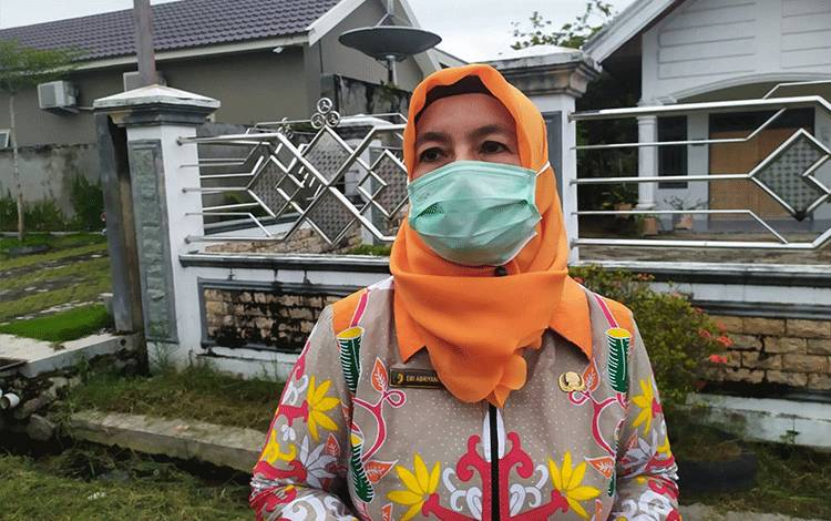 Ketua Harian Tim Gugus Tugas Covid-19 Kota Palangka Raya, Emi Abriyani