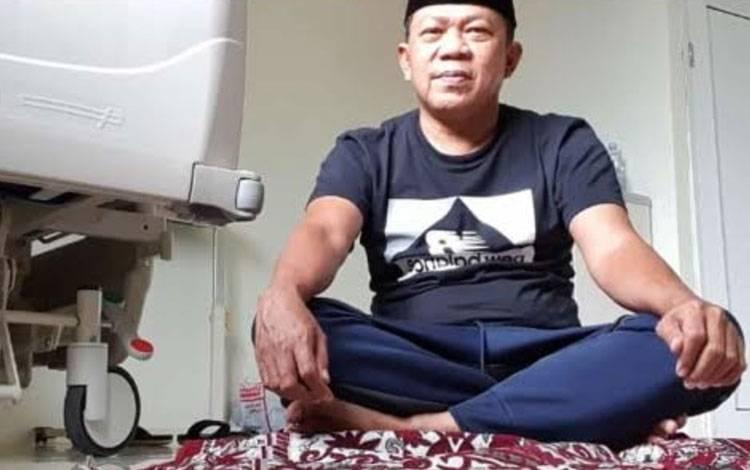 Direktur RSUD Sultan Imanuddin Pangkalan Bun dr. Fachruddin di ruang karantina
