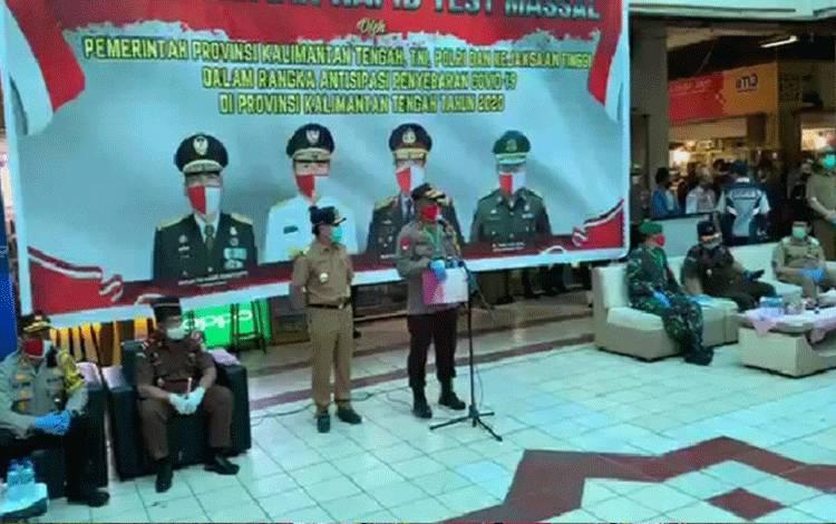 Gubernur Kalteng meninjau pelaksanaan rapit test massal di Kabupaten Kotawaringin Timur, Selasa, 2 Juni 2020.