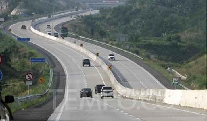 Hutama Karya menargetkan Jalan Tol Trans-Sumatera rampung seluruhnya pada 2024.
