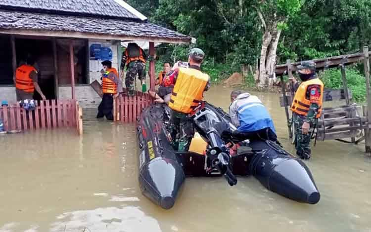 Kondisi banjir di Kecamatan Aruta yang mulai terjadi sejak Selasa, 23 Juni 2020.