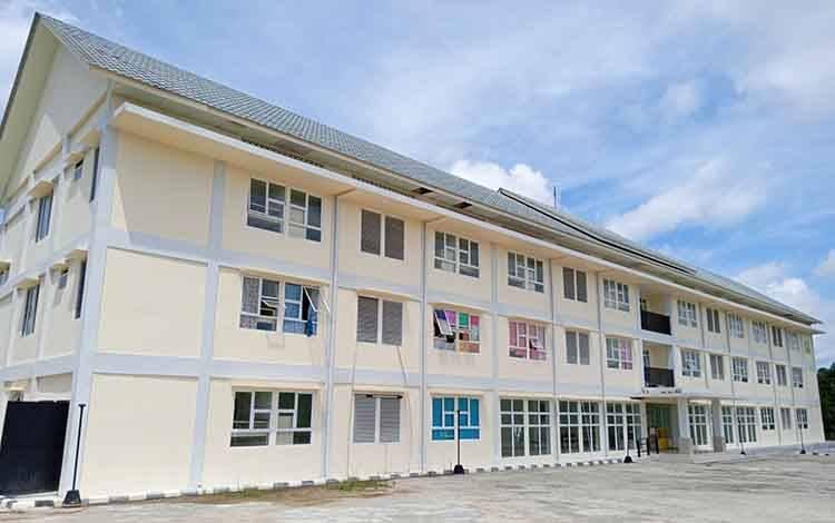 Rumah susun di RT 11, Desa Jaar