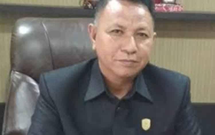 Wakil Ketua DPRD Kotawaringin Timur H Rudianur.