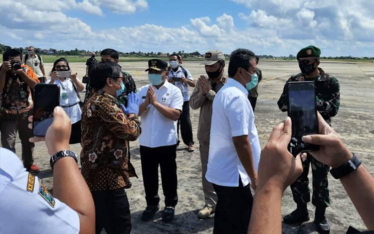 Wakil Menteri Pertahanan Dan Wakil Menteri LHK Kunker Ke Kalteng.