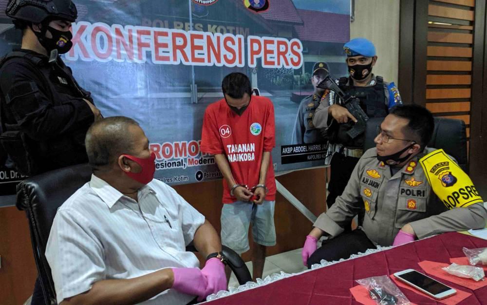 Ekspos penangkapan bandar narkoba di Sampit, Rabu, 1 Juli 2020 sore.