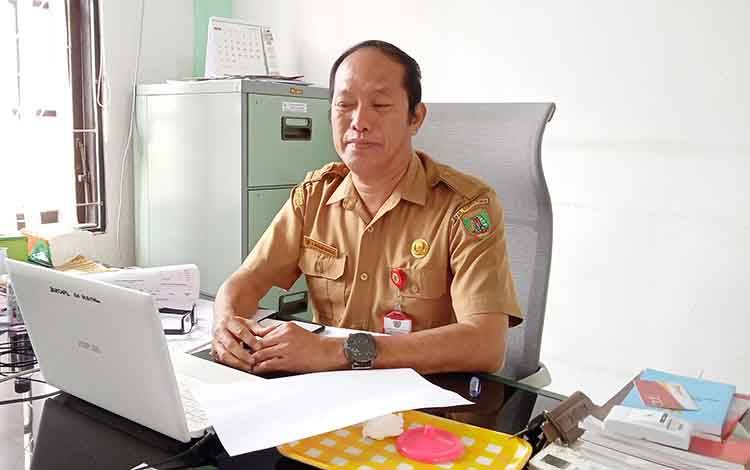 Pelaksana tugas Kepala Disdukcapil Kabupaten Barito Timur, Muslim Raharjo