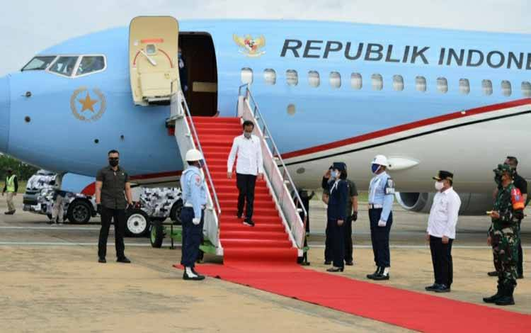 Presiden Joko Widodo tiba Bandara Tjilik Riwut Palangka Raya