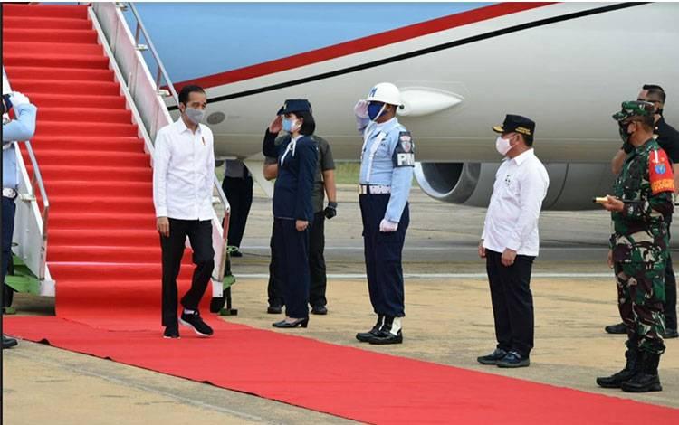 Presiden Republik Indonesia Jokowi Dodo saat di Bandara Udara Tjilik Riwut Palangka Raya