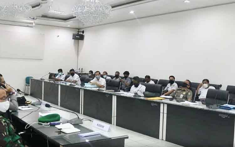 Rapat evaluasi gugus tugas dan posko covid-19 digelar Pemkab Barito Utara.