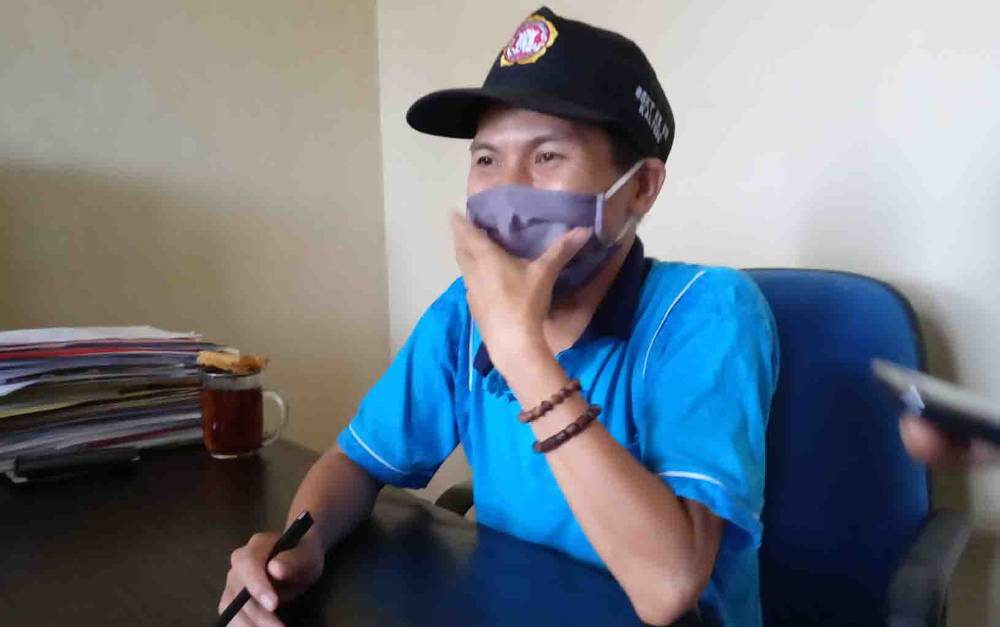 Kabid Pemberdayaan Sosial dan Penanganan Fakir Miskin Dinsos Barito Timur, Santai Nyawit.