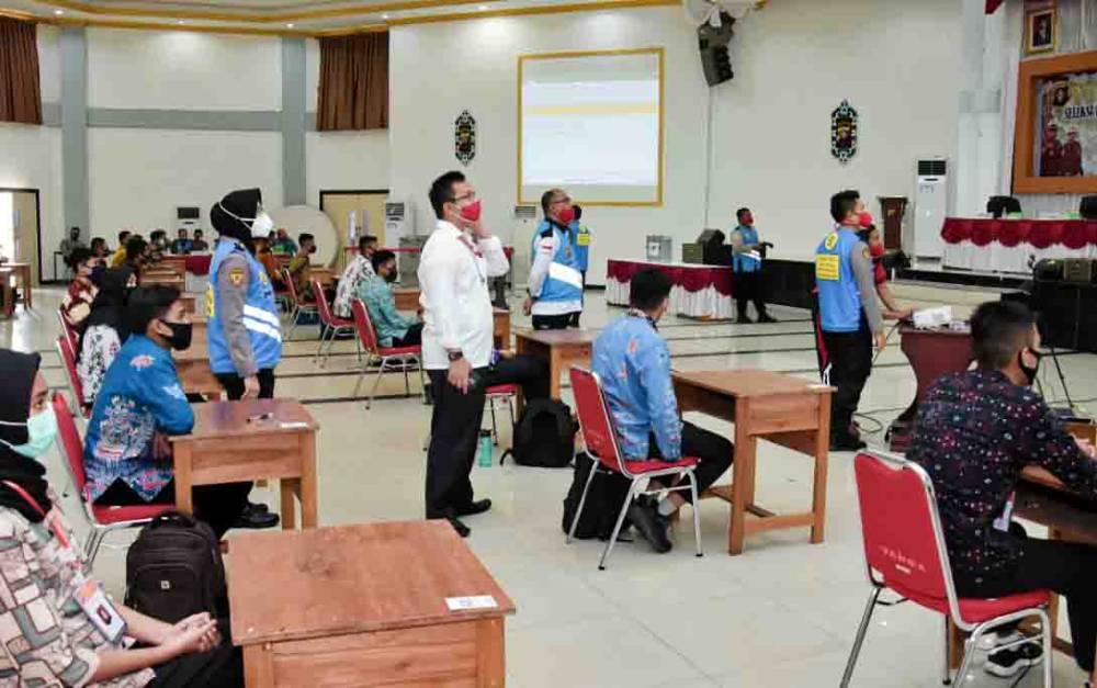 Tes psikologi peserta seleksi penerimaan Akpol di Polda Kalteng, Jumat, 10 Juli 2020.